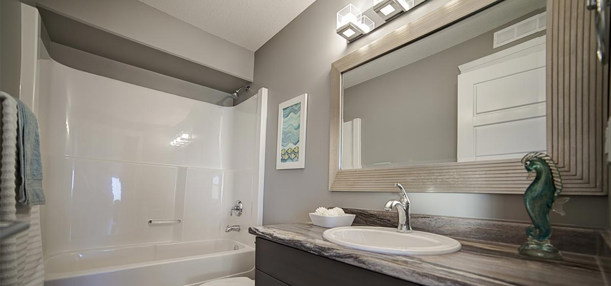 Acrylic Bath Amp Wall Liners Pristine Countertops